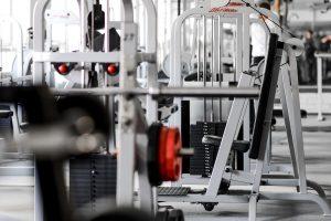 treniruotės vilniuje karoliniškėse musclemakers