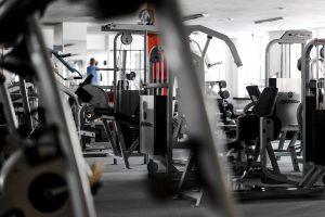 treniruoklių salė klube Musclemakers